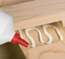 Aplicación para Cola blanca para madera